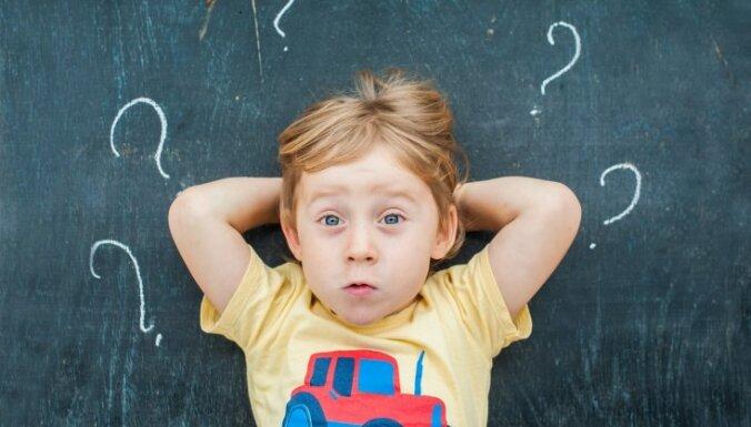 Kāpēc bērni uzdod tik daudz jautājumu un cik svarīgas ir vecāku atbildes