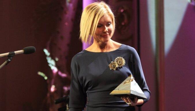Par Latvijas gada labākajiem sportistiem atzīti Martins Dukurs un Ineta Radeviča