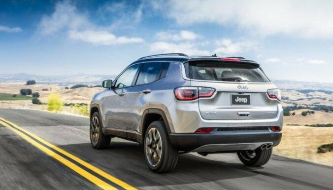 Jaunais 'Jeep Compass' kā samazināts 'Grand Cherokee'