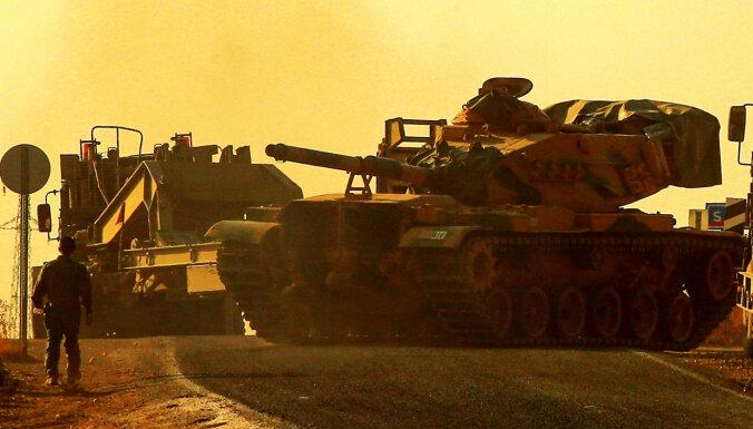Turcija atkal savā zemē aktivizē karu pret kurdiem