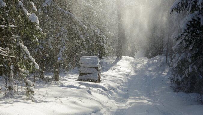 Ceturtdienas vakarā un naktī gaidāms stiprs sniegputenis