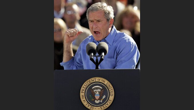 Bušs lūgs piešķirt vētras seku mazināšanai vēl 50 miljardus dolāru
