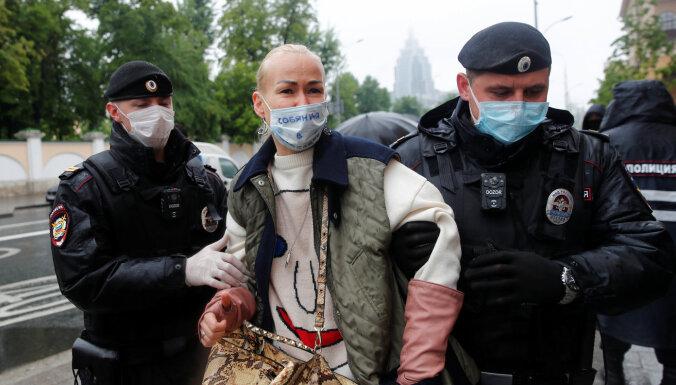 Новая акция в поддержку Ильи Азара в Москве. Задержаны более 20 пикетчиков и журналистов
