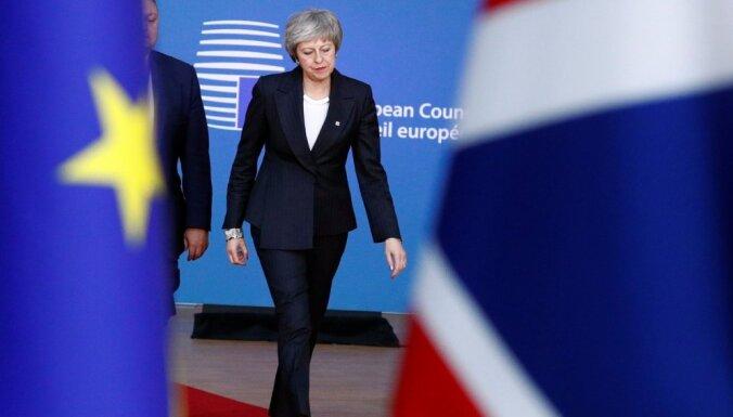 ES līderi paziņo, ka 'Brexit' vienošanās plānu nepārskatīs