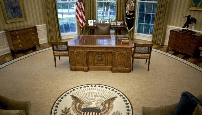 В Белом доме из-за шатдауна перестали отвечать на звонки; Статую Свободы закрыли (ФОТО)