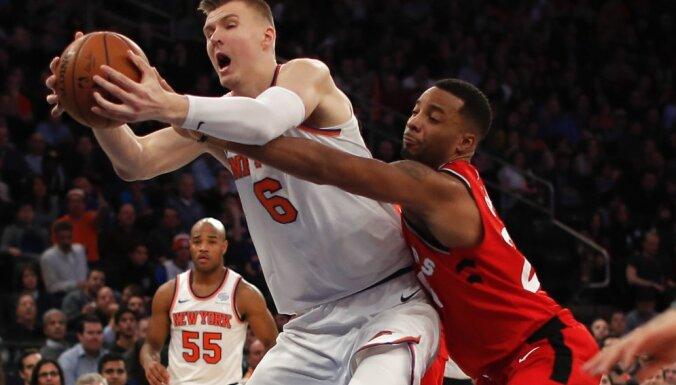 """Порзиньгис сделал третий в этом сезоне """"дабл-дабл"""" в НБА"""