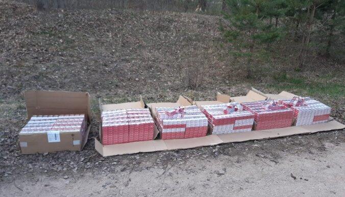 Foto: Robežsargi uziet 60 000 kontrabandas cigarešu