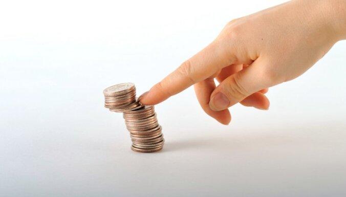 Pērn 29% mājsaimniecību ikdienas izdevumus segušas ar grūtībām