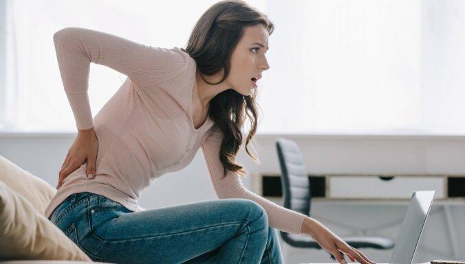 Pacelti pleci un pārāk ilga stāvēšana – ikdienišķi muguras sāpju iemesli