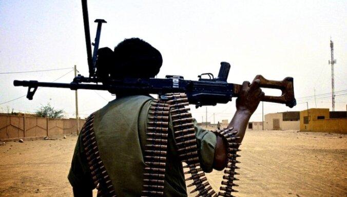 Krievija apsūdz Turciju islāmistu kaujinieku atbalstīšanā