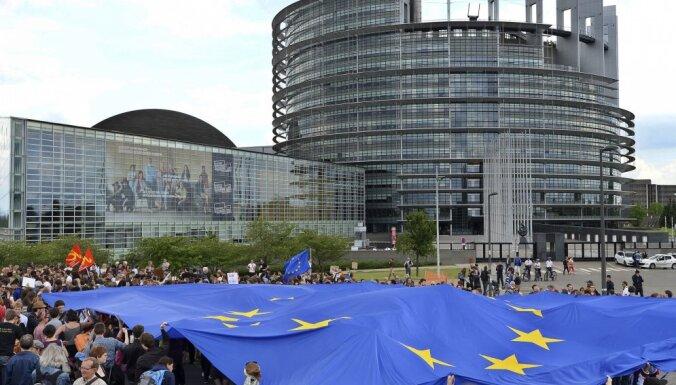 Eiropas Parlaments jauno sasaukumu sāks ar septiņām politiskajām grupām