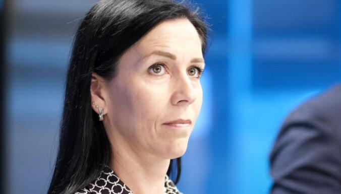 Reira padomnieci Ploku ieceļ 'Augstsprieguma tīkla' padomē; viņa iesniedz atlūgumu, ziņo raidījums