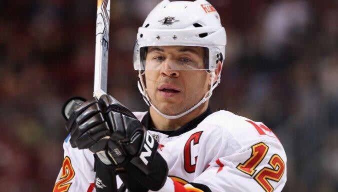 Kalgari 'Flames' rekordists Iginla paziņojis par sporta karjeras beigām