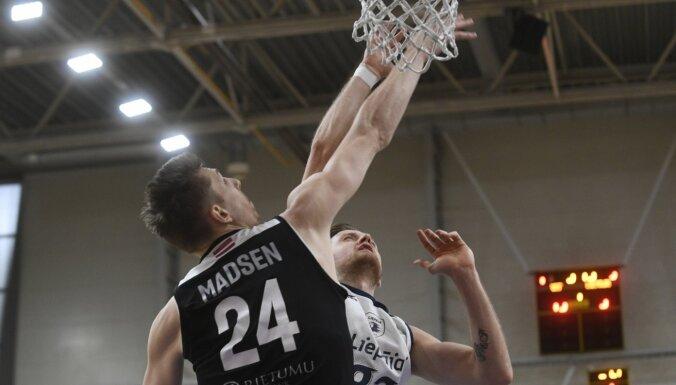 'VEF Rīga' basketbolisti uzvar 'Liepāju' un kļūst par pirmajiem LBL finālistiem