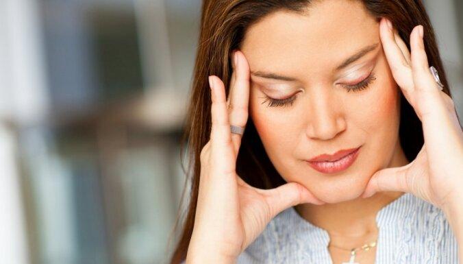 Galvassāpes mēnešreižu laikā, lietojot hormonālos preparātus