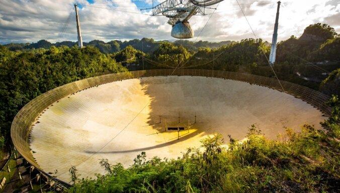Viens no pasaulē lielākajiem radioteleskopiem 'plīst pa vīlēm'