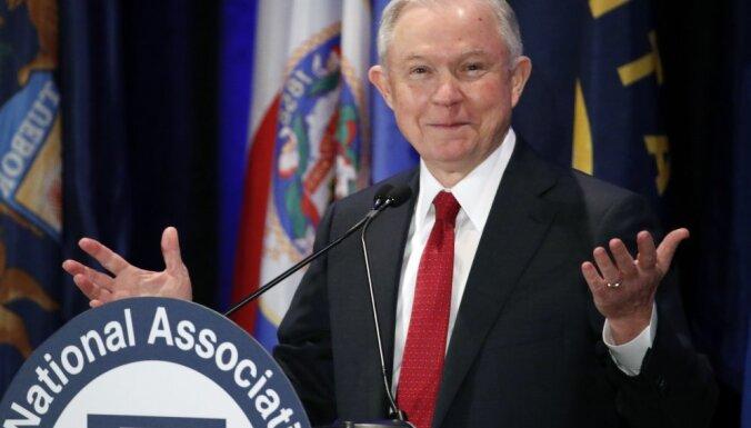 WP узнала подробности разговоров генпрокурора США и российского посла