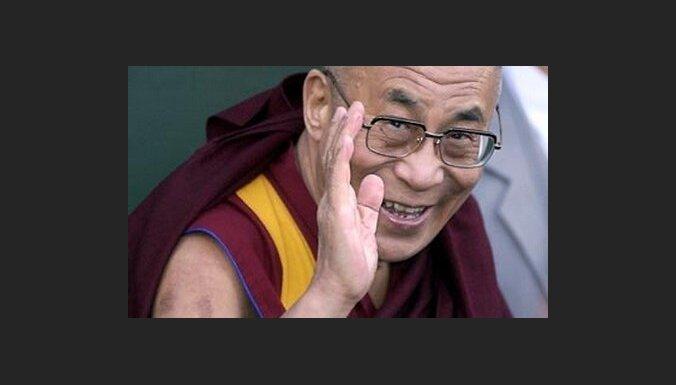 Bailēs no Ķīnas Igaunijas parlamenta spīkere atsauc tikšanos ar dalailamu
