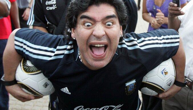 Аргентинскому богу футбола — 55!
