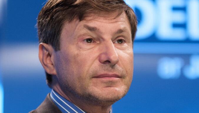 Эксперт: самое сильное напряжение латвийского общества — между властной элитой и простым народом