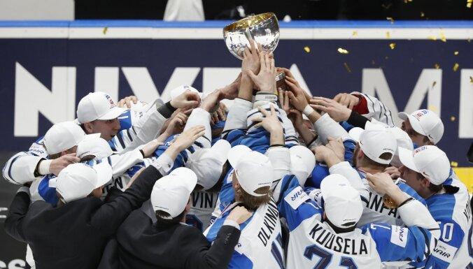 ФОТО, ВИДЕО: Финны празднуют победу над канадцами в финале чемпионата мира по хоккею