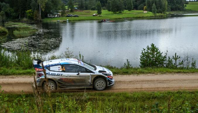 WRC Igaunijas posma organizatori ieguvuši 'Asahi Kasei' dāvāto Komandas gara balvu