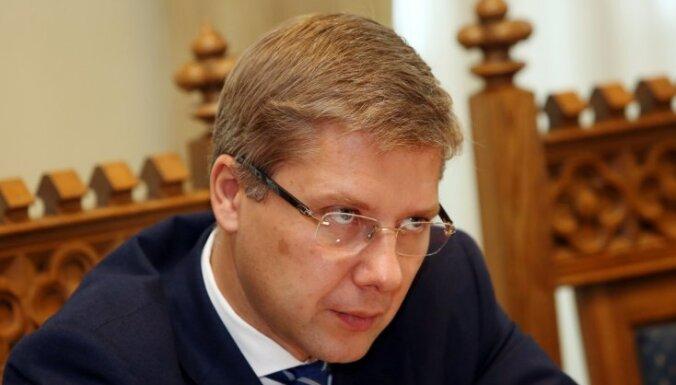 В пятницу министр Пуце может отстранить Ушакова