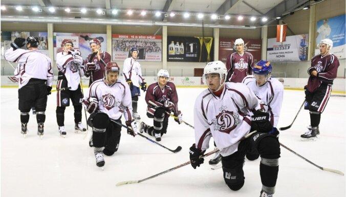 Rīgas 'Dinamo' uz pirmajām pārbaudes spēlēm Minskā dodas 28 spēlētāju sastāvā
