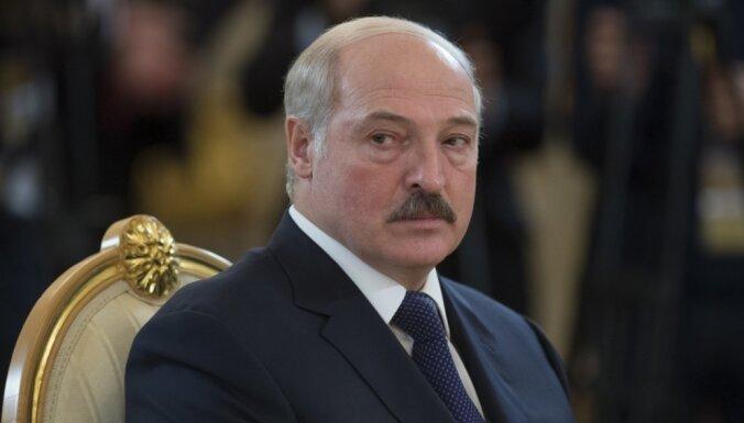 """""""Поддержать хорошие соседские отношения"""". Кариньш отправится в Белоруссию на встречу с Лукашенко"""