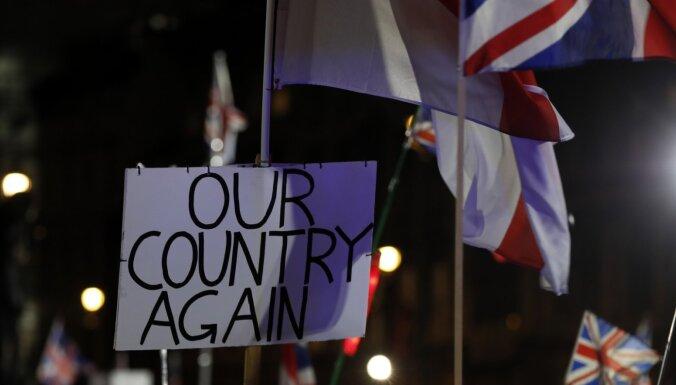 """""""Говорите по-английски или убирайтесь"""". Полиция Норфолка расследует случай ксенофобии после брексита"""