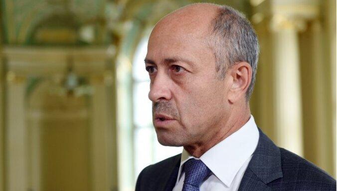 Не клон Ушакова, а хозяйственник с планом. Что рассказал Буров на дебатах перед выборами мэра