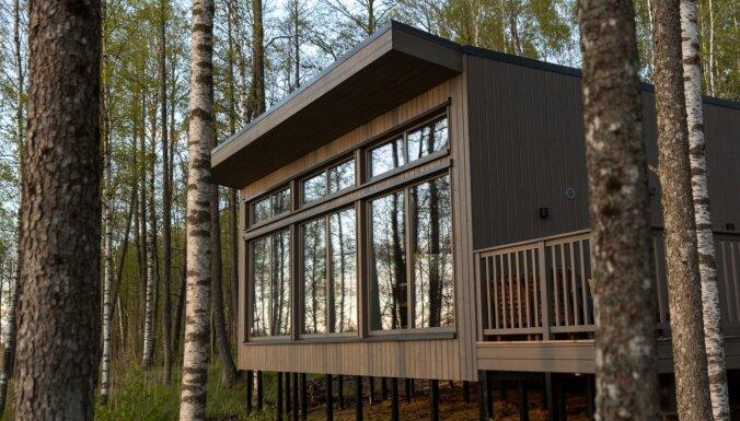 ФОТО. Укромное местечко: Дом для отдыха у озера Ладес, который открылся только в этом году