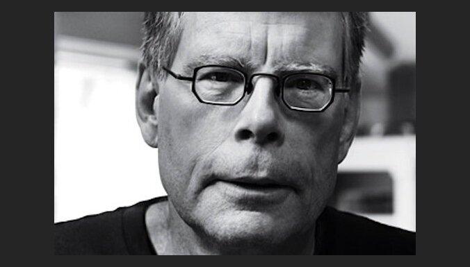 """Цикл романов Стивена Кинга """"Темная башня"""" снимет датский режиссер"""