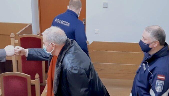 "ВИДЕО. ""Скоро увидимся!"" — Лемберга арестовали в зале суда"