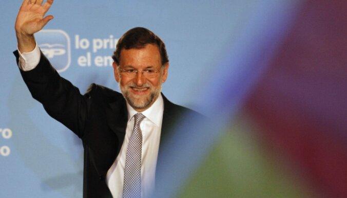 Премьер Испании решил раскрыть доходы за 10 лет