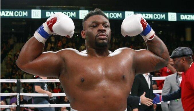 Džošua titulcīņas pretiniekam Milleram konstatētas pozitīvas dopinga analīzes