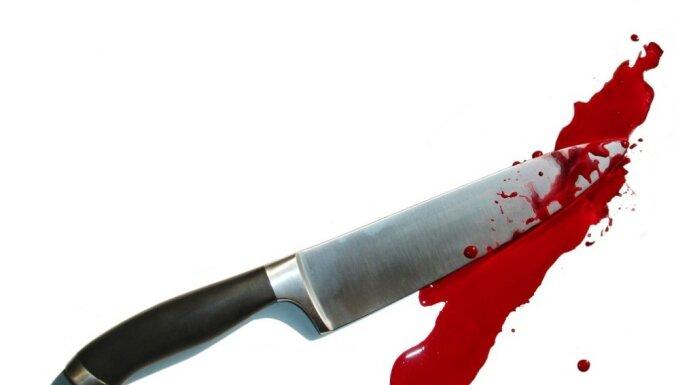 Prokuratūrai nodod lietu pret meitu par mātes noduršanu Pāvilostas novadā