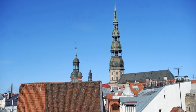 Baznīca nolaista līdz kliņķim, likumu skata 15 gadus – Saeimas komisija atsāk diskusijas par Pēterbaznīcu