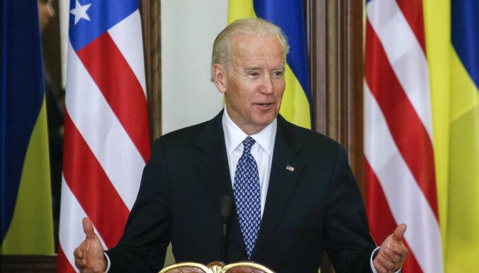 ASV sola turpināt ekonomisko un militāro atbalstu Ukrainai