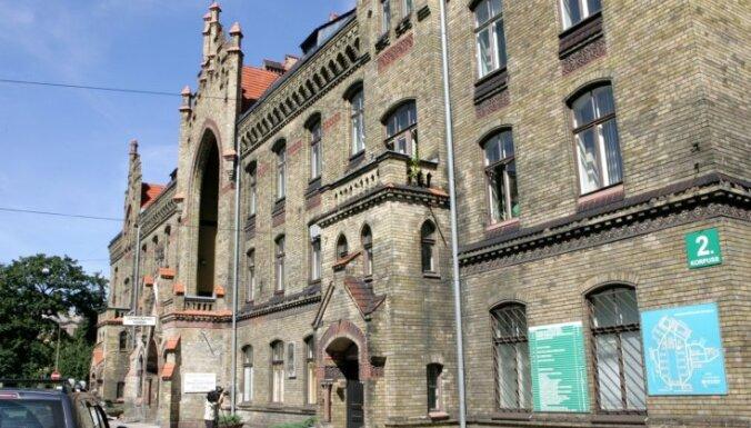 Ierobežojumu dēļ darbu Rīgas 1.slimnīcā nevar turpināt gandrīz puse darbinieku