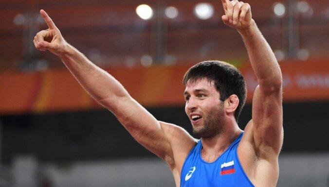 В последний день Олимпиады российские спортсмены взяли два золота