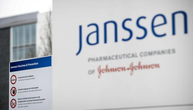'Janssen' Covid-19 vakcīnu pauze: Latvijai būs jāmaina potes pacientiem ar kustību traucējumiem