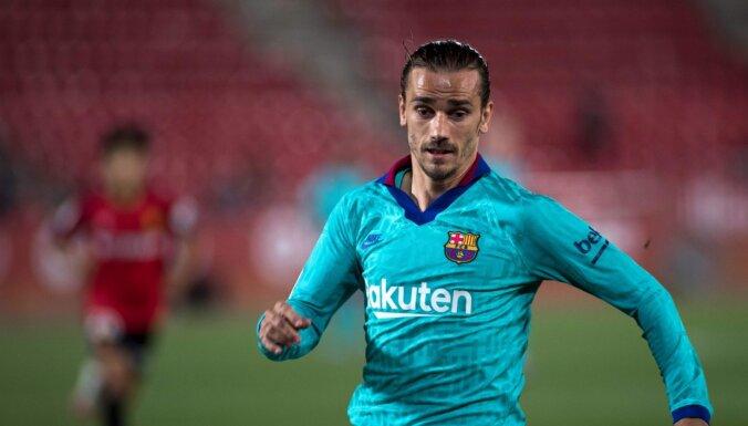 'Barcelona' Spānijas čempionātā atgriežas ar pārliecinošu uzvaru