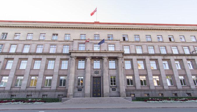 Atļauj aizņemties 3,4 miljonus eiro 17 pašvaldību investīciju projektu īstenošanai