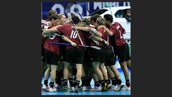 www.floorball.lv