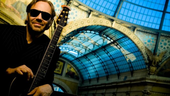 Noslēdzies konkurss par ģitāras virtozu Alu di Meolu