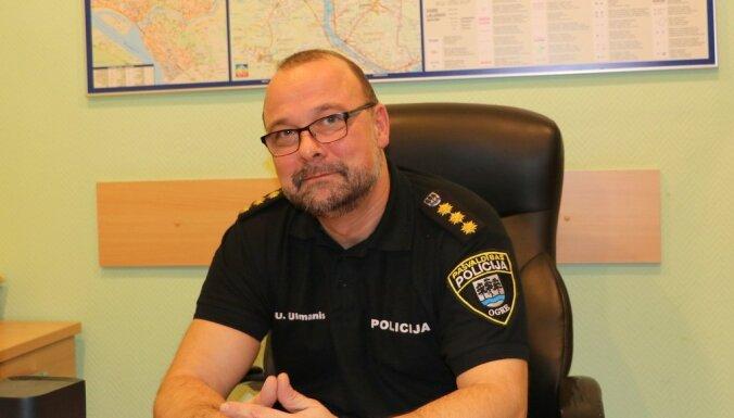 Uz dienesta pārbaudes laiku atstādina Ogres policijas šefu un viņa vietnieku
