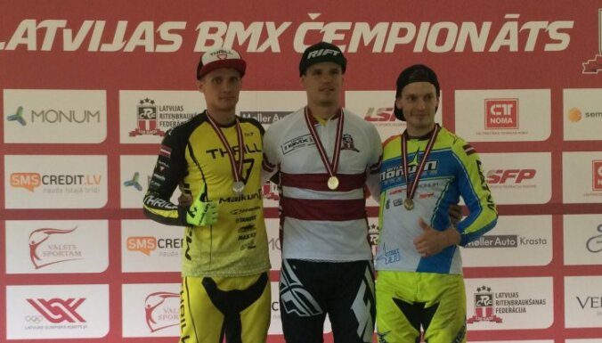 Veide trešo reizi karjerā kļūst par Latvijas BMX čempionu elites klasē