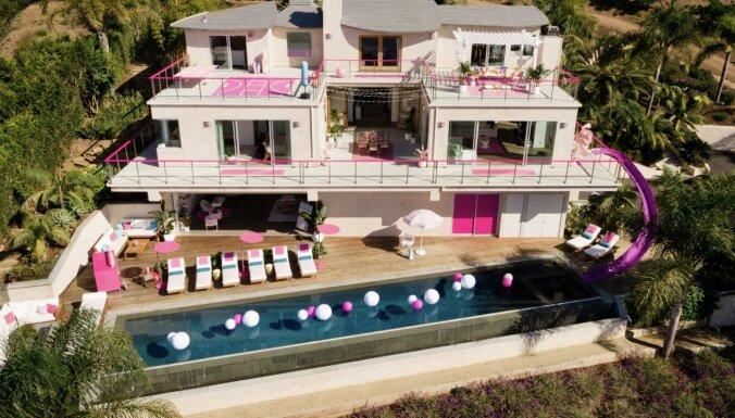 Foto: Košā Bārbijas sapņu māja Kalifornijā, ko var noīrēt ikviens