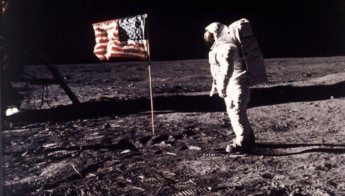 Vai cilvēki bija uz Mēness: sazvērestības teorētiķu argumenti un to atspēkojums
